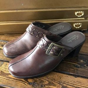Clark's Brown Leather Heeled Mules/Clogs 7M